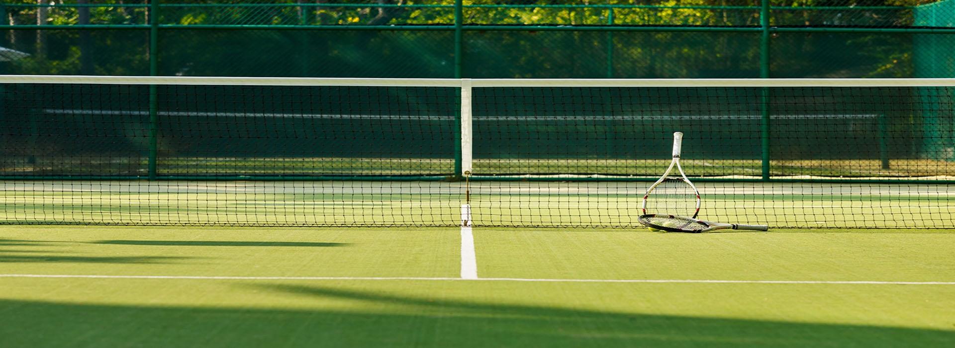 Современное оборудование для теннисных кортов